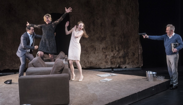 Wie is er bang voor Virginia Woolf, Theaterbureau Hummelinck Stuurman 2017